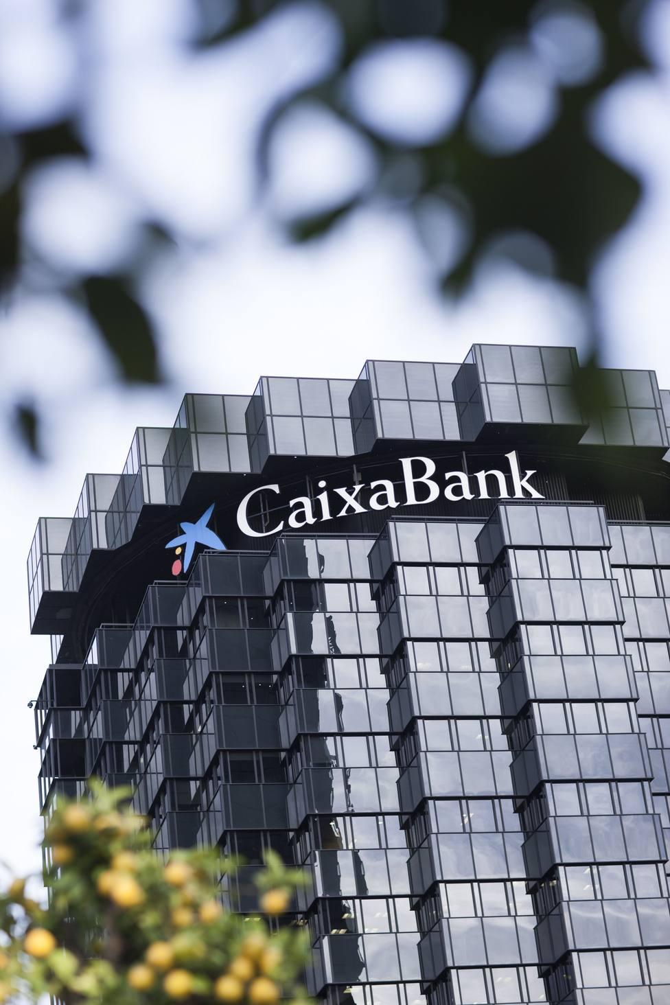 CaixaBank y su obra social, Telefónica y El Corte Inglés, las empresas sistémicas españolas más exitosas
