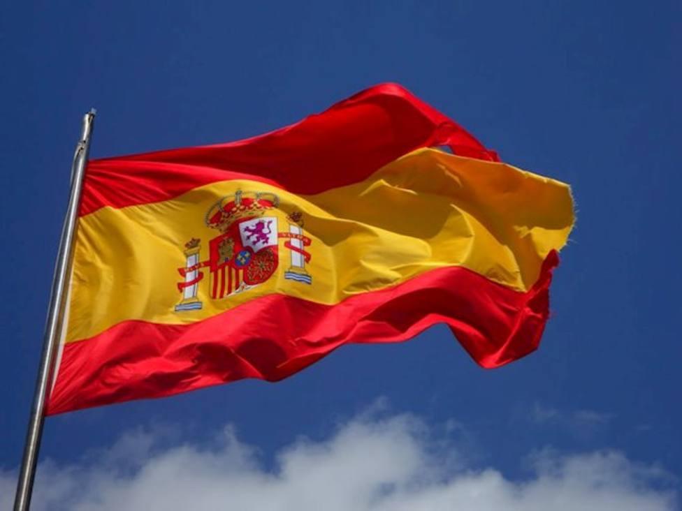 ¿Por qué podemos encontrar tres coronas en el escudo de España?