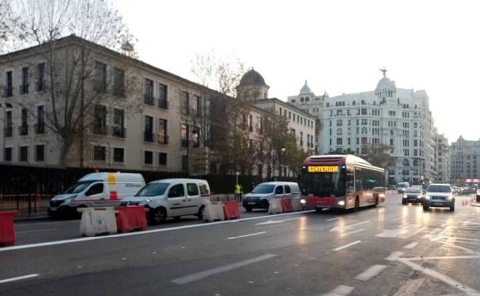 Obras de la EMT en la calle Xàtiva