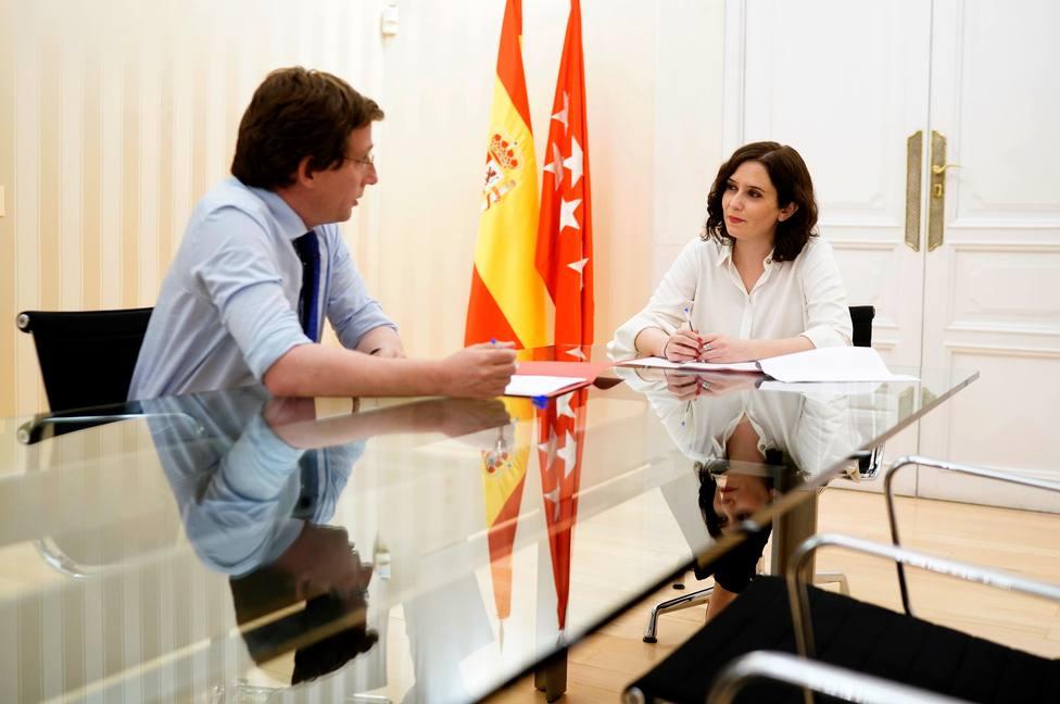 Ayuso aún no sabe si Sánchez ordenará el cierre de Madrid y otras noticias