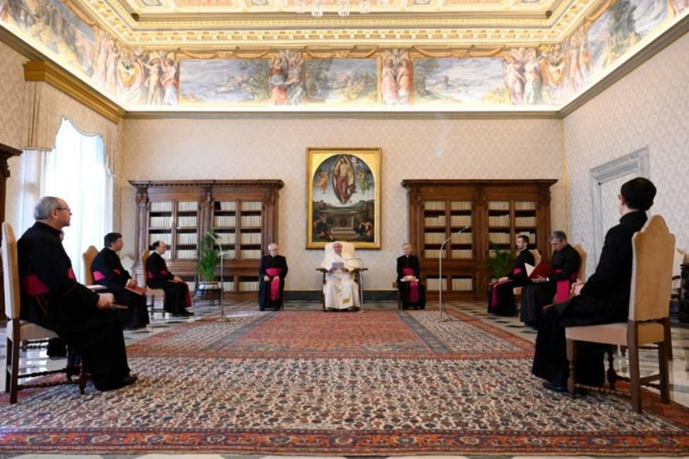 """El Papa: """"No estamos solos en este momento de prueba"""""""