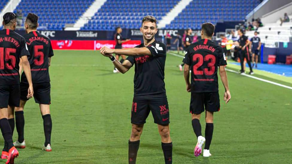 Munir celebra el tercer gol del Sevilla