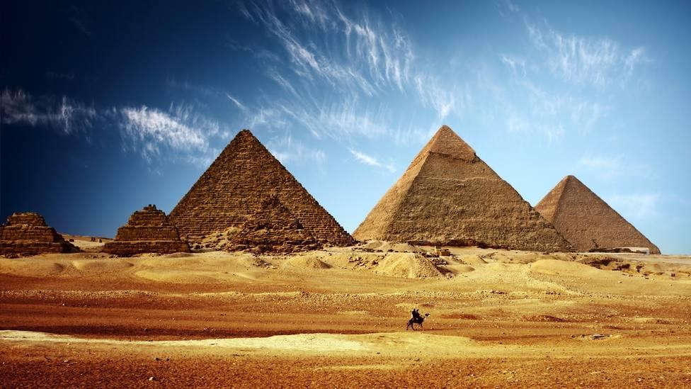 Egipto corrige a Elon Musk: Los extraterrestres no construyeron las pirámides