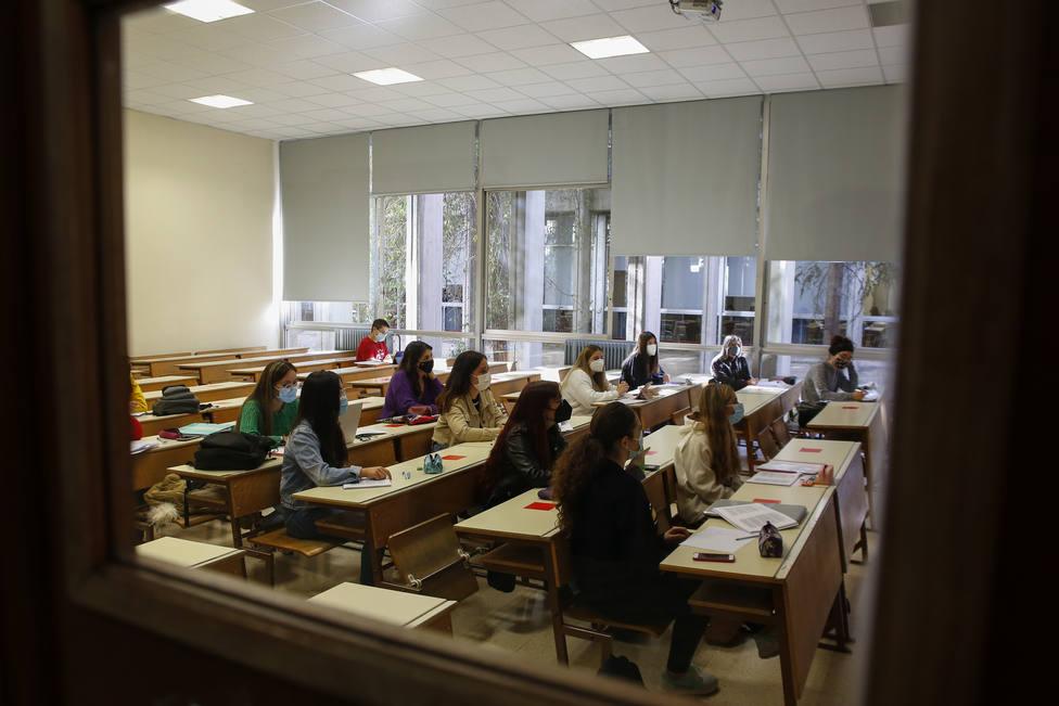 En cinco de cada seis horas, las condiciones de las aulas no son las adecuadas