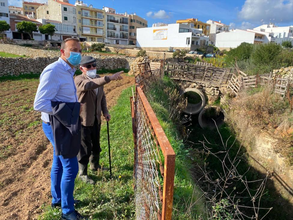 José Luis Benejam pide soluciones a la problemáticalos pluviales en Alaior