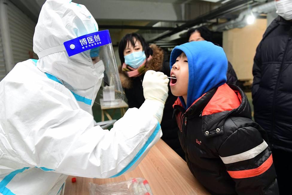 China permite a la OMS que investigue en Wuhan el origen del coronavirus