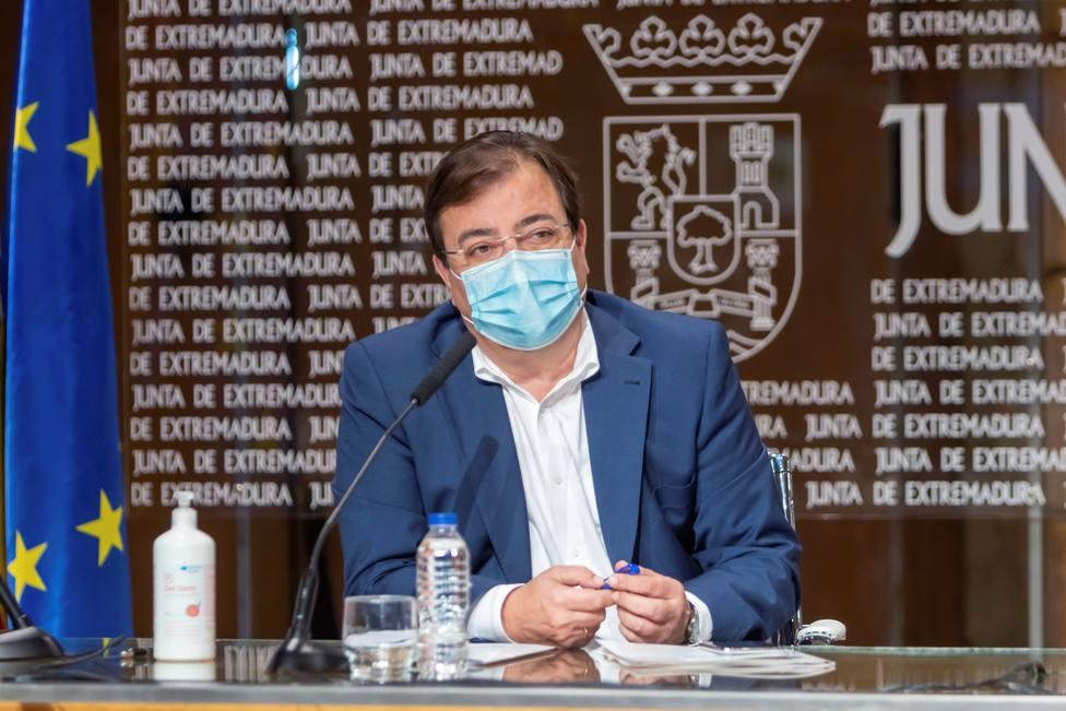 Fernández Vara asegura que ningún alto cargo de Extremadura se ha vacunado contra la covid-19