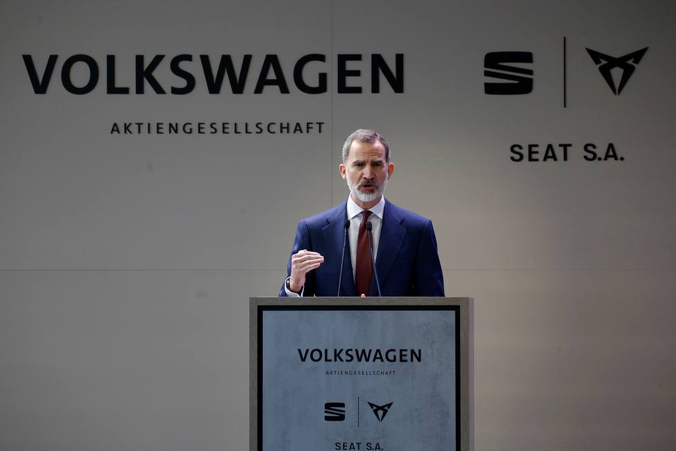 El Rey Felipe VI durante su visita a la fábrica de SEAT en Martorell (Barcelona)