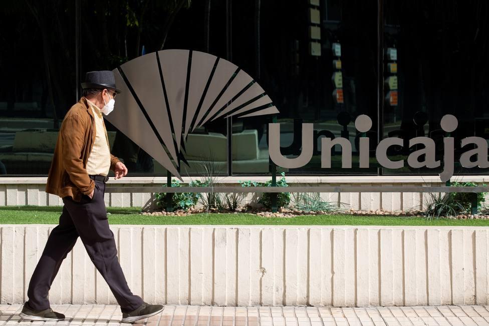 ¿Qué consecuencias tiene la fusión de Unicaja y Liberbank para sus clientes?