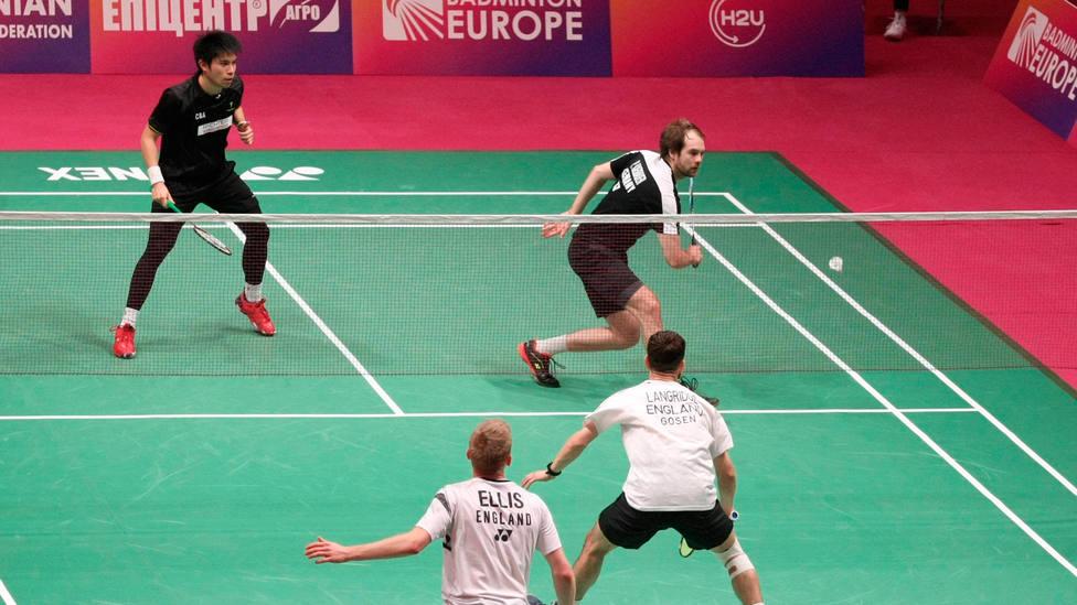 Uno de los partidos de doble masculinos del Europeo de bádminton. CORDONPRESS