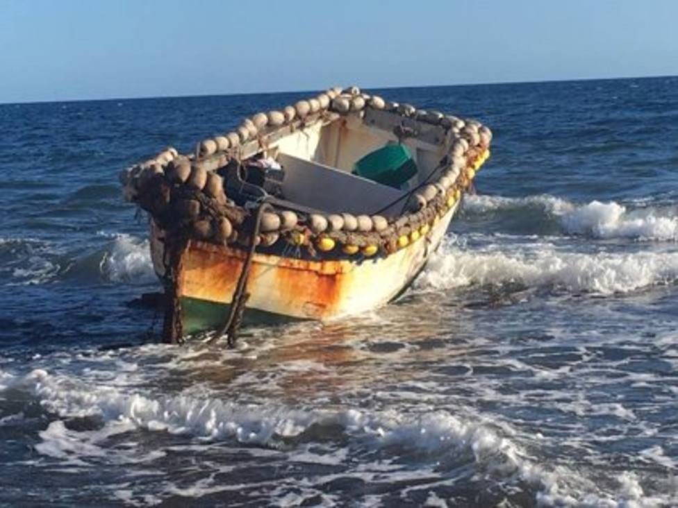 Sucesos.- Ascienden a 59 los migrantes localizados tras interceptar cuatro pateras en aguas de Cabrera y Mallorca