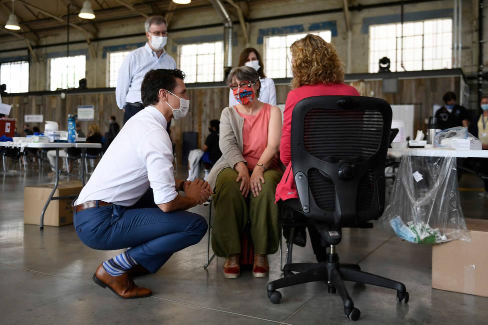 Canadá anuncia la obligatoriedad de estar vacunado para los viajeros y los funcionarios