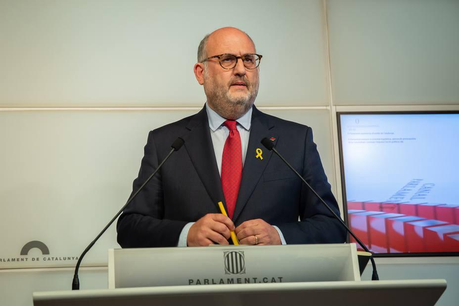 JxCat pide a Sánchez y Rajoy que den la cara para explicar el 155 en el Parlament