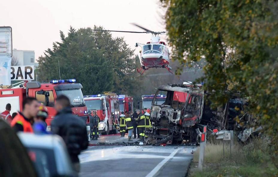 Dos muertos y quince heridos en la explosión de una gasolinera en Italia