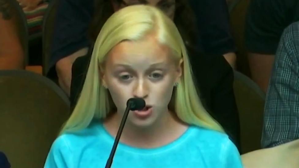 Con 13 años da un contundente discurso a favor de la vida a pesar de los insultos: ¡Dejadle hablar!
