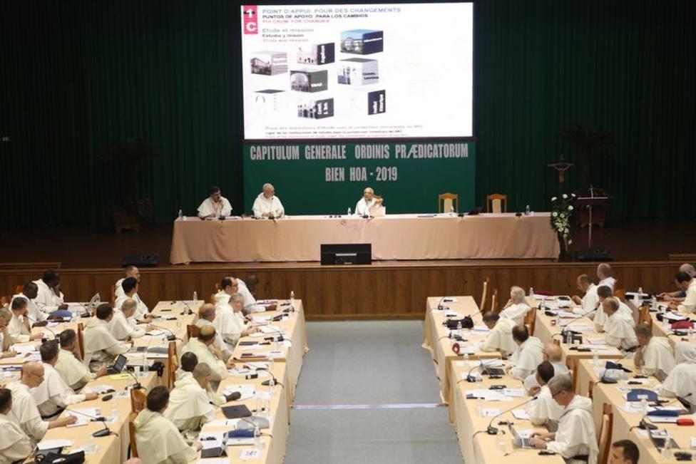 La importante reunión de frailes dominicos que se celebra en Vietnam
