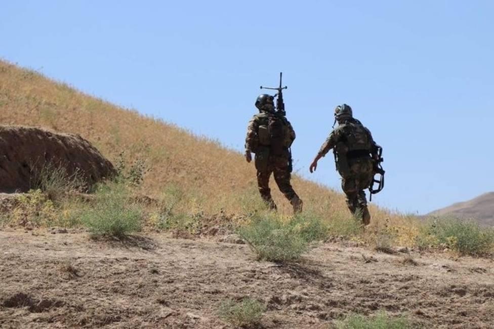 Las Fuerzas Especiales afganas matan a tres talibán y detienen a otros seis en el sur de Afganistán