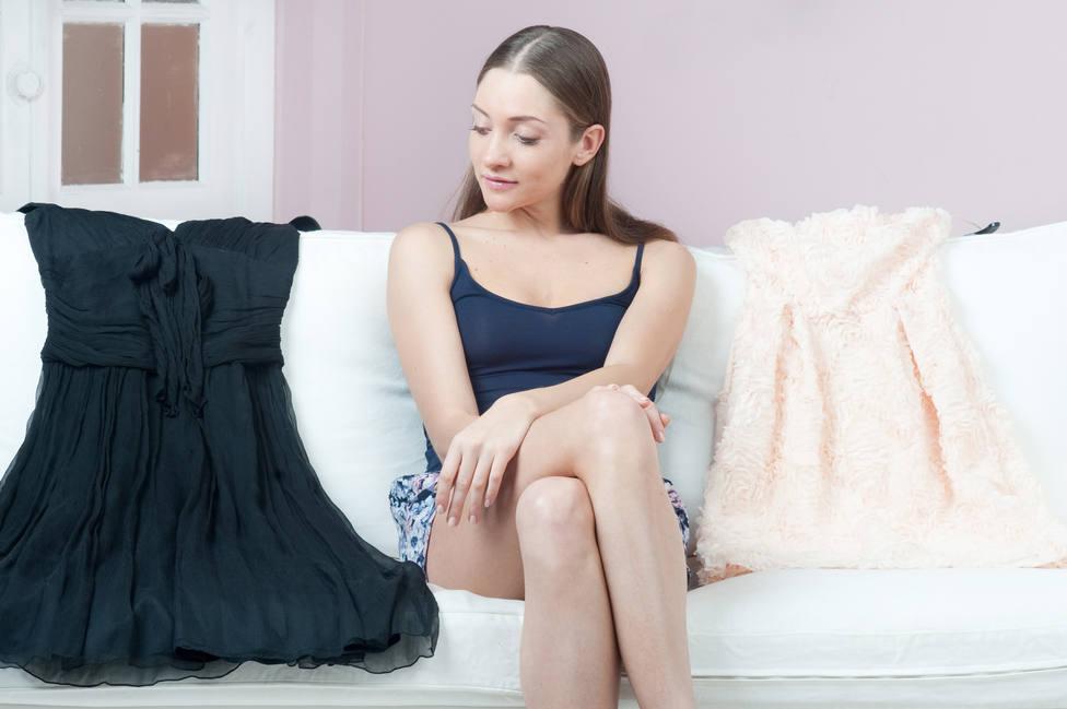 Destierra el negro para vestir durante la cuarentena en casa