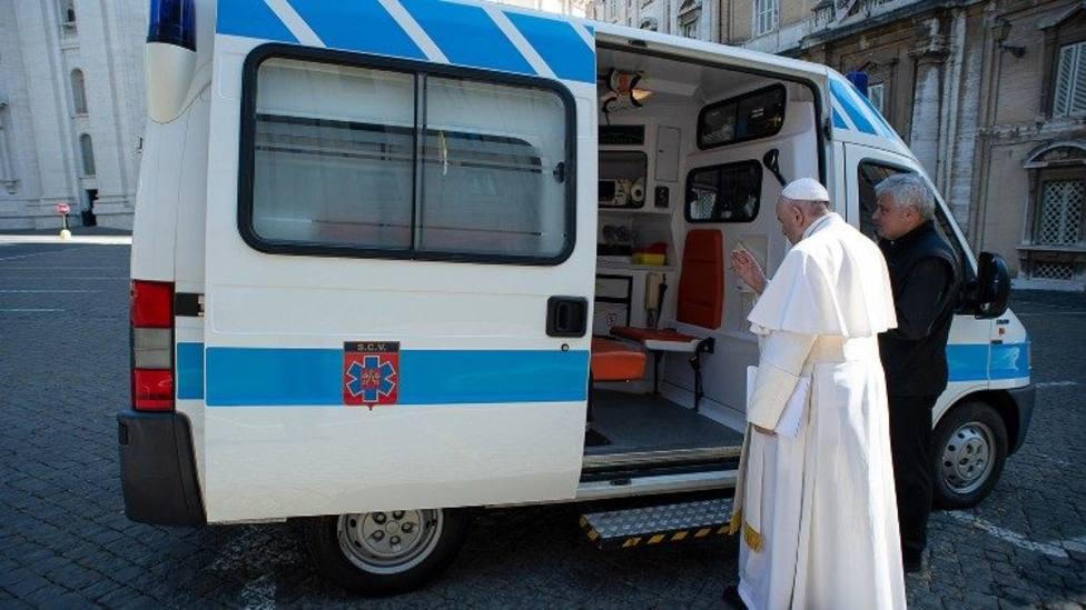 """El Vaticano ya tiene su """"Ambulancia para los pobres de Roma"""""""