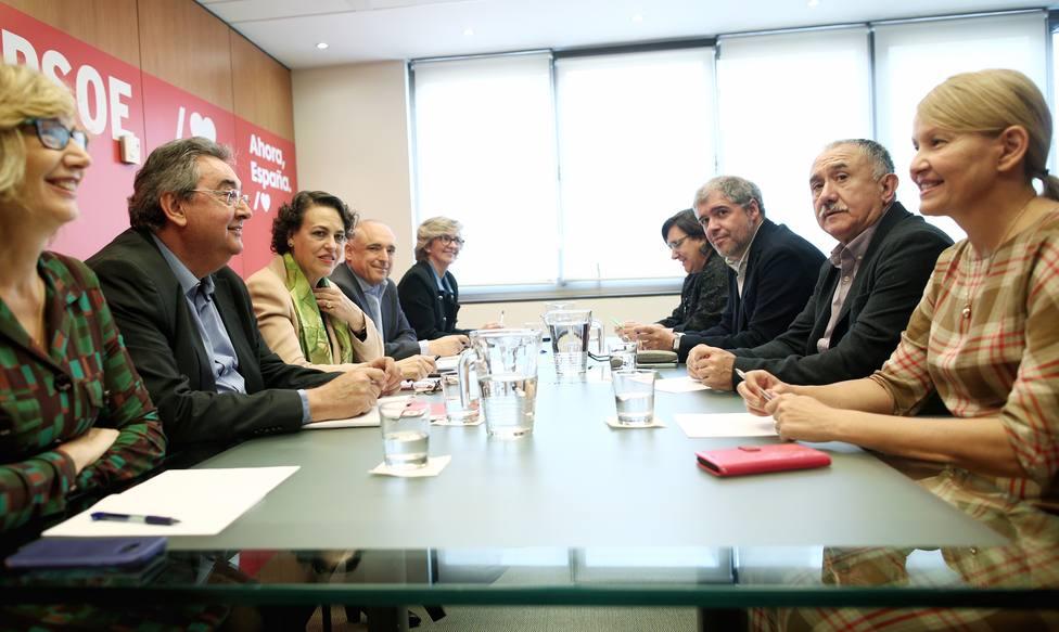 El ministerio de trabajo propone un subsidio de 430 euros para 550 mil parados que han agotado sus ayudas