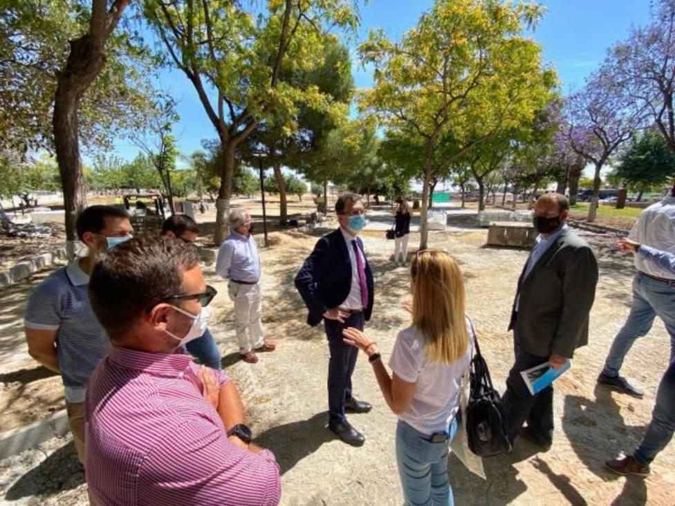 Guadalupe estrena el parque Libertad con un merendero rodeado de 150 árboles y una pérgola de 200 m2