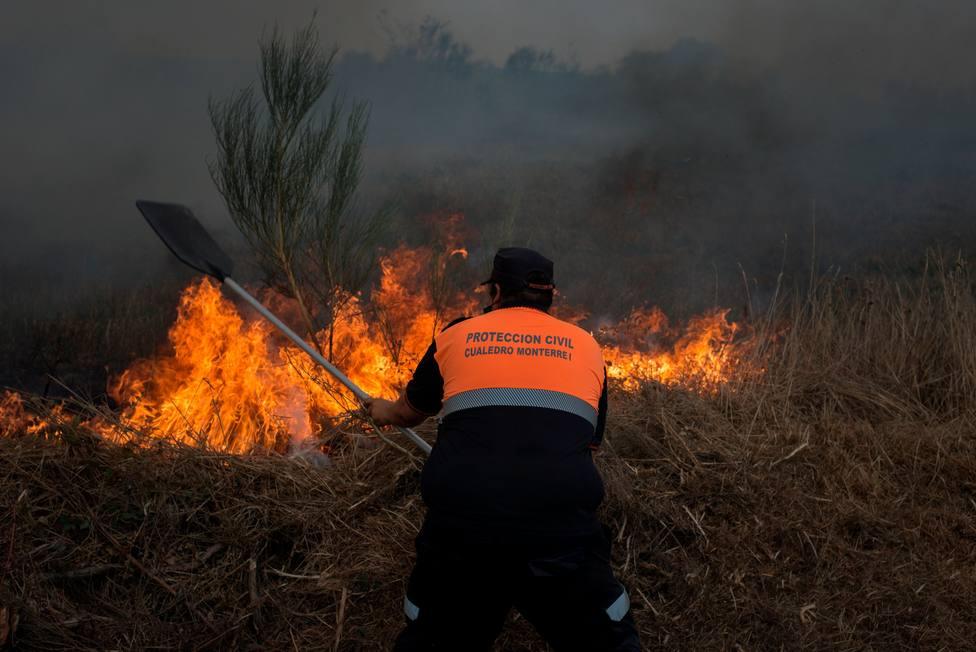 Causas y bulos sobre los incendios forestales en Galicia