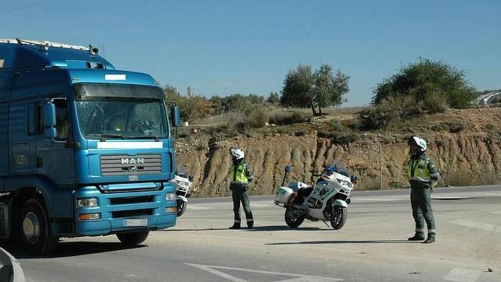 Porqué camiones y autobuses estarán desde este lunes en el foco de la DGT