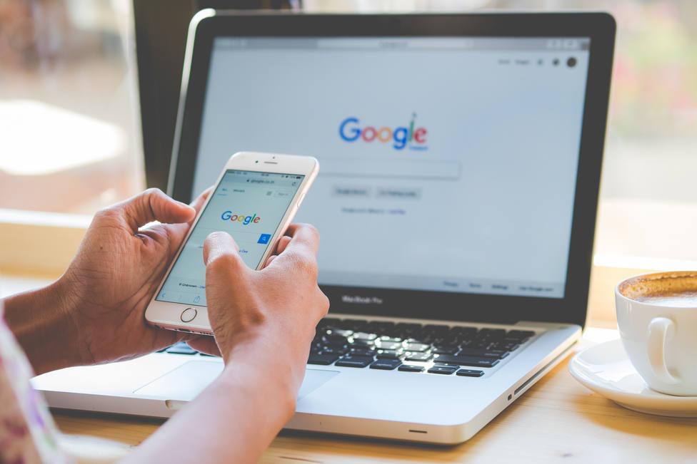 Ya puedes elegir entre una voz masculina y una femenina en español para el asistente de Google