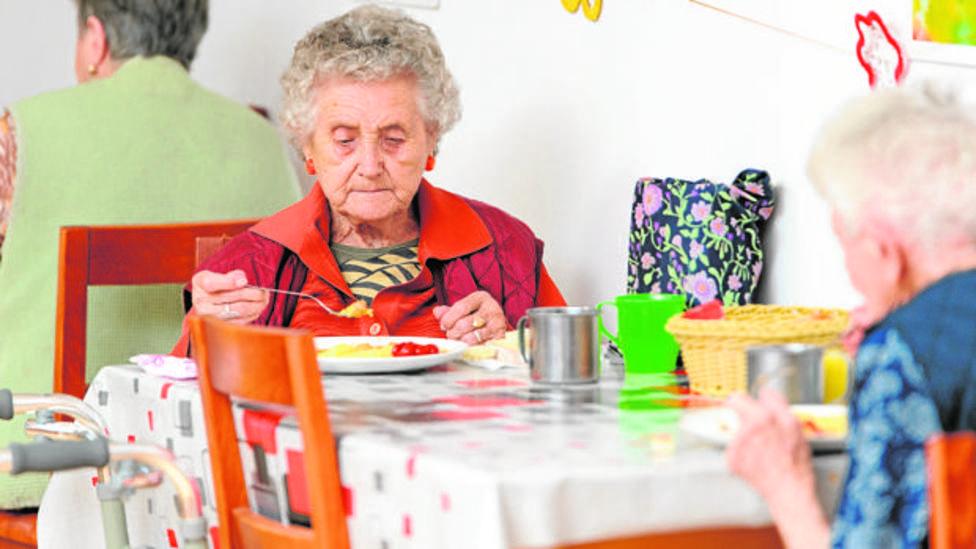 El pacto para la subida en los servicios a mayores sorprende a diferentes asociaciones