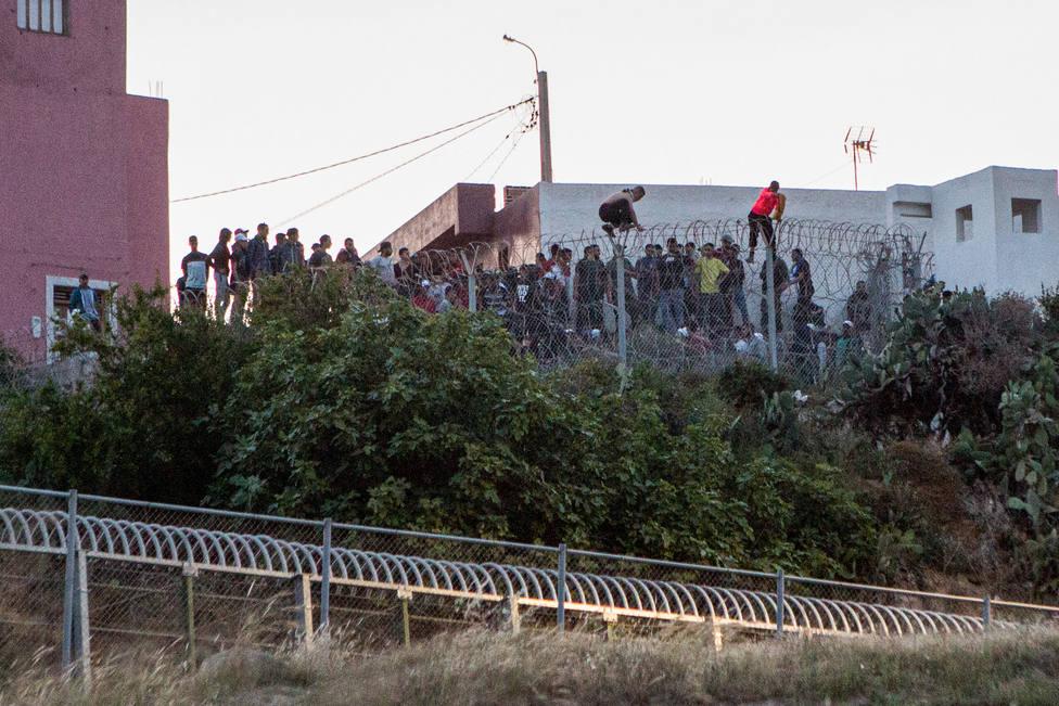 España plantea incluir a Ceuta y Melilla en Schengen y exigir un visado para entrar a todos los marroquíes