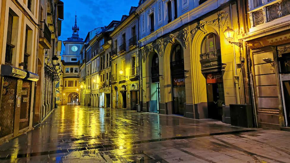Calle Cimadevilla de Oviedo