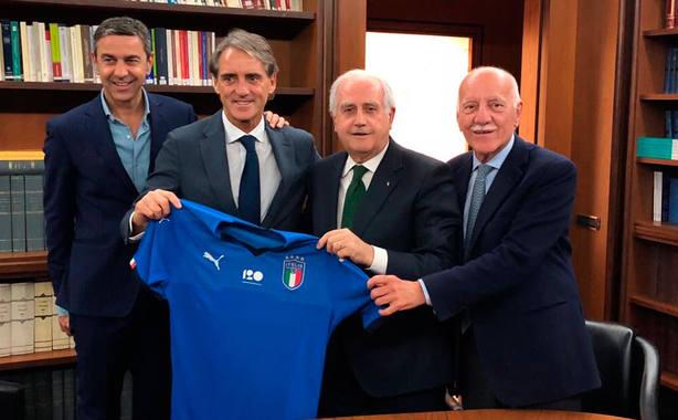 Roberto Mancini, tras ser nombrado nuevo seleccionador de Italia (@FIGC)