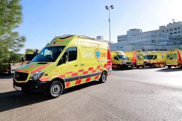 Un hombre de 38 años sigue en la UCI de Ibiza tras sufrir quemaduras en el incendio de una nave