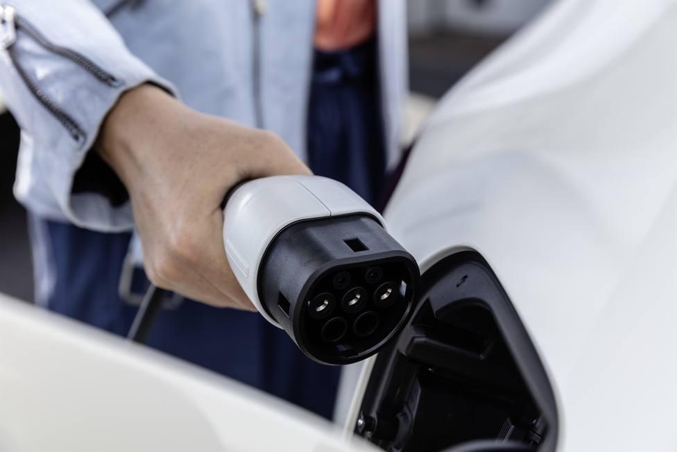 España contará con entre 1 y 2,5 millones de vehículos eléctricos para 2030
