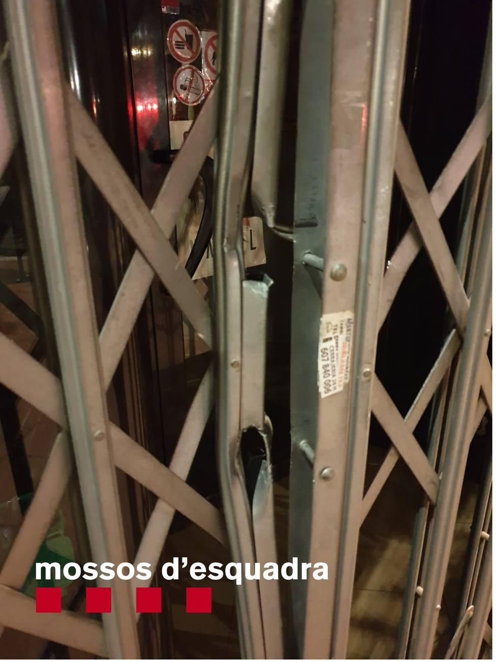 Tres detenidos por intentar robar en una tienda de Barberà del Vallès