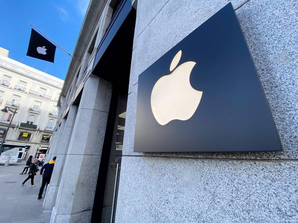 Apple recorta previsiones ante el impacto del coronavirus
