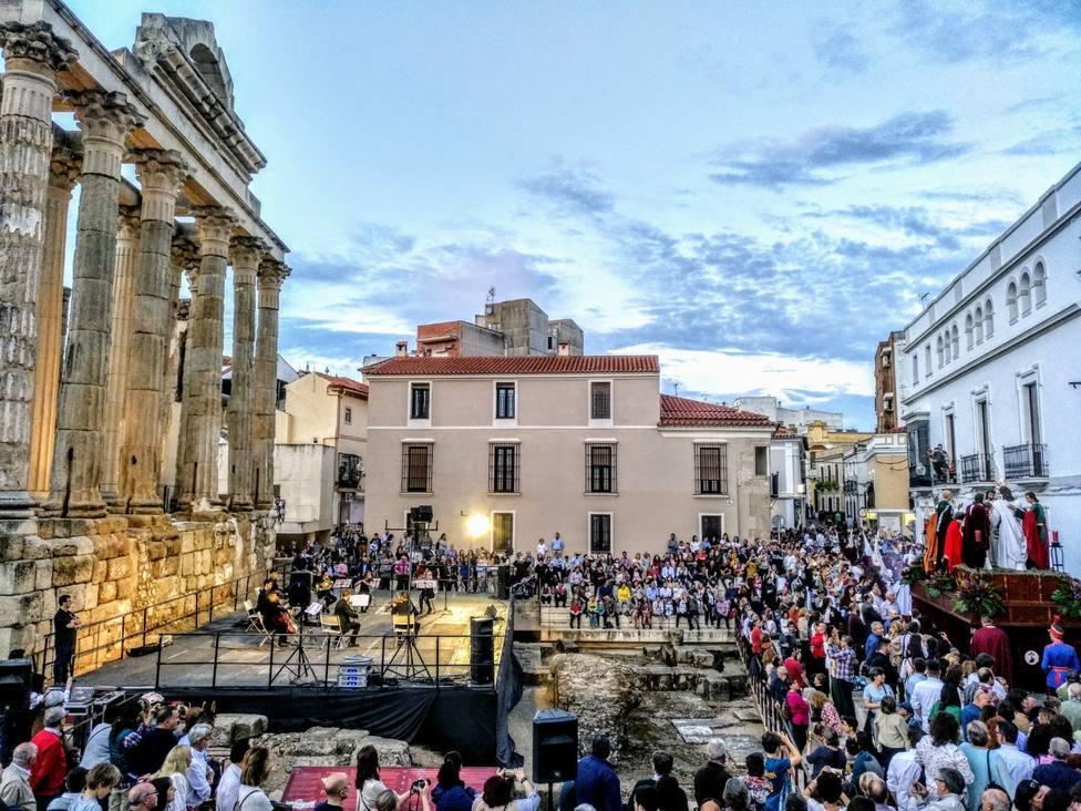 Los visitantes a las oficinas de turismo de Mérida suben un 42,6%