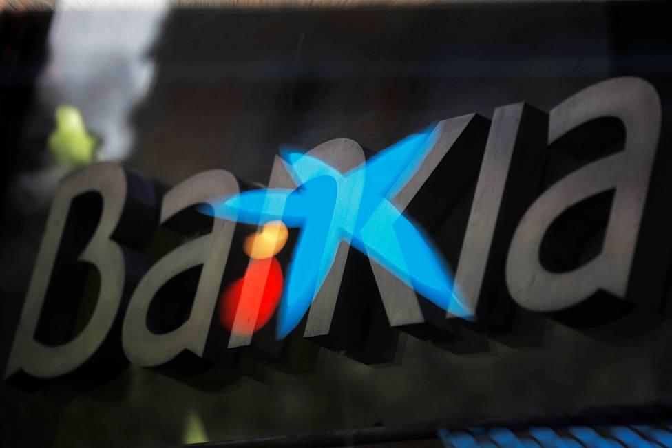 Todo lo que debes saber sobre la posible fusión entre CaixaBank y Bankia: cifras, empleo, precedentes...