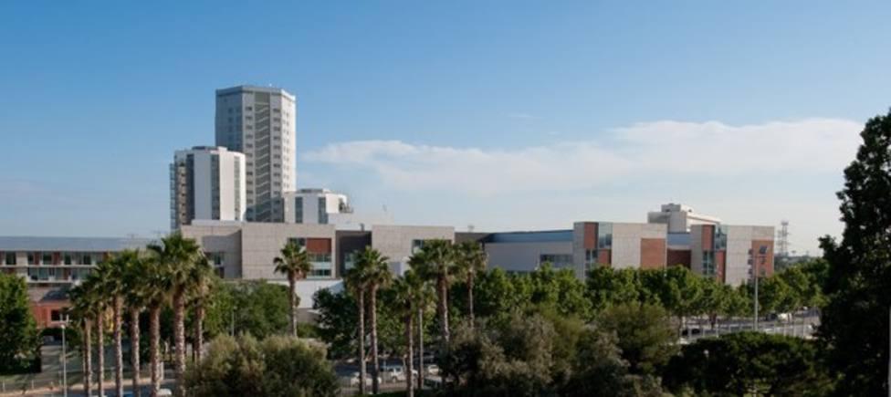 Coronavirus.- El Hospital de Bellvitge (Barcelona) multiplica por seis el número de PCR semanales