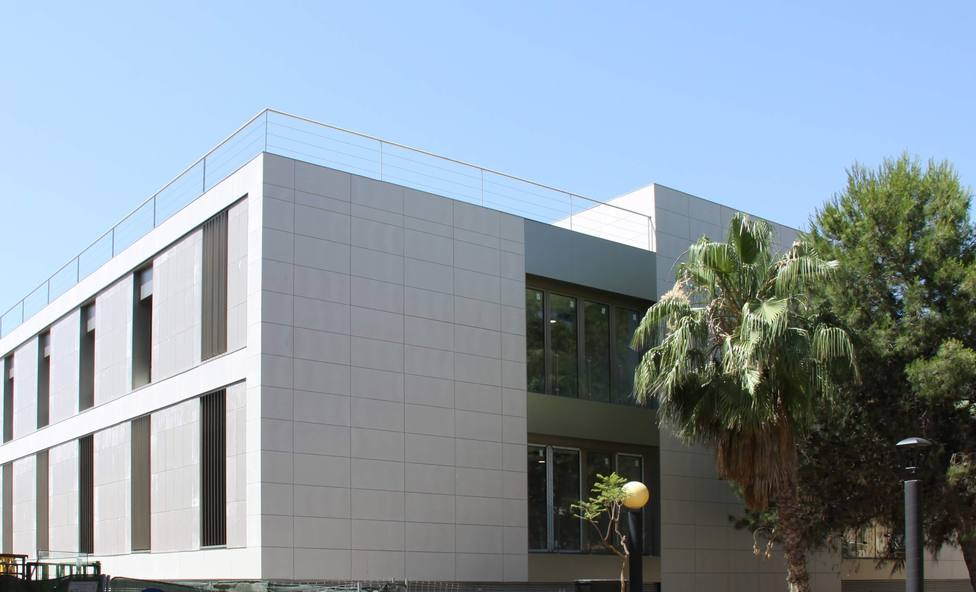 El centro de San Antón en fase roja y ningún centro de salud del municipio en naranja