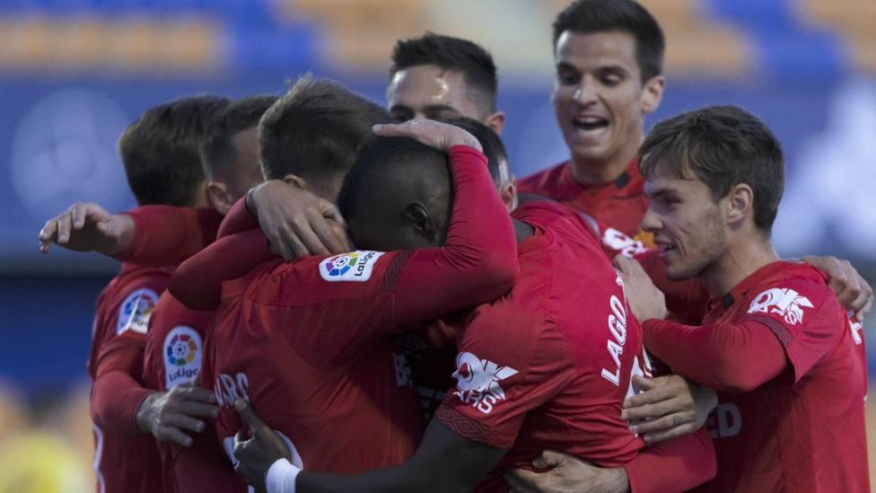 El Sporting remonta a la Ponfe; Gaku salva al Leganés; el Mallorca hunde al Alcorcón