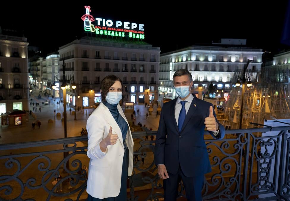 Ayuso pide ayuda a Leopoldo López: España está en un momento donde se pone en tela de juicio el español