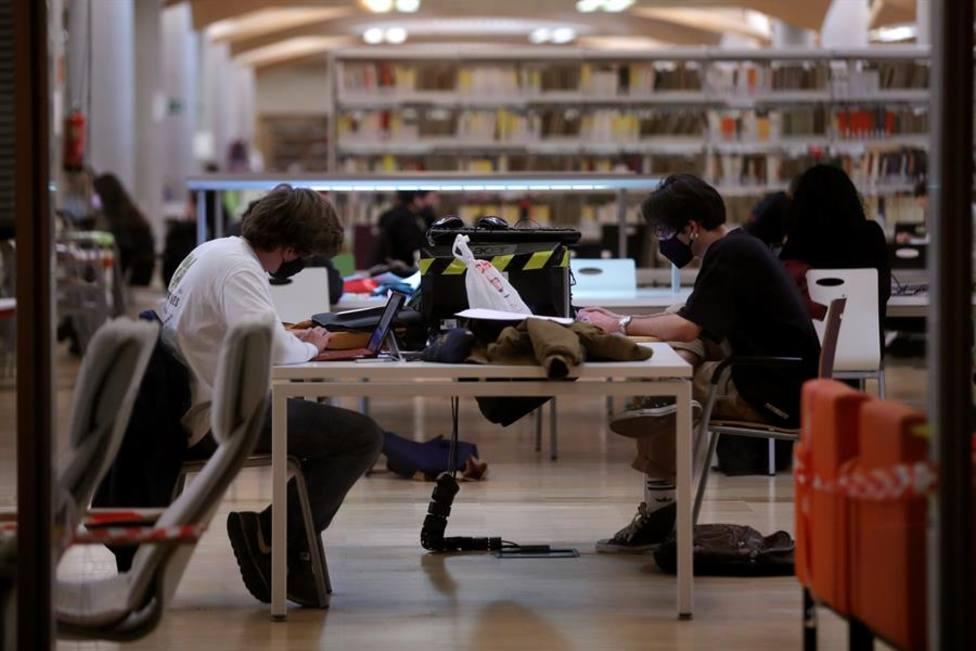 Un estudio advierte de que los campus universitarios son superpropagadores de covid-19