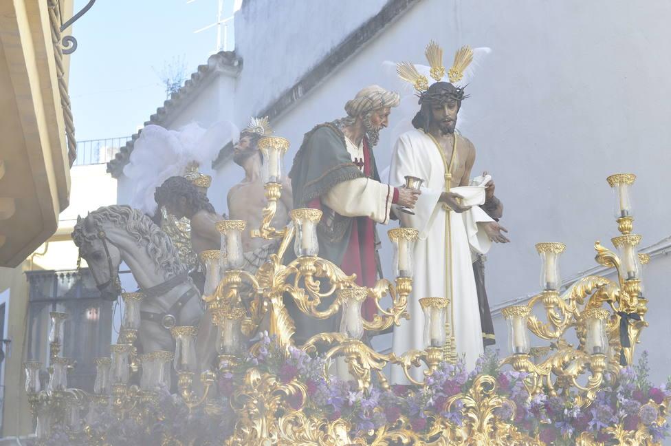 Las cofradías cordobesas trabajarán en propuestas para una Semana Santa en el interior de los templos