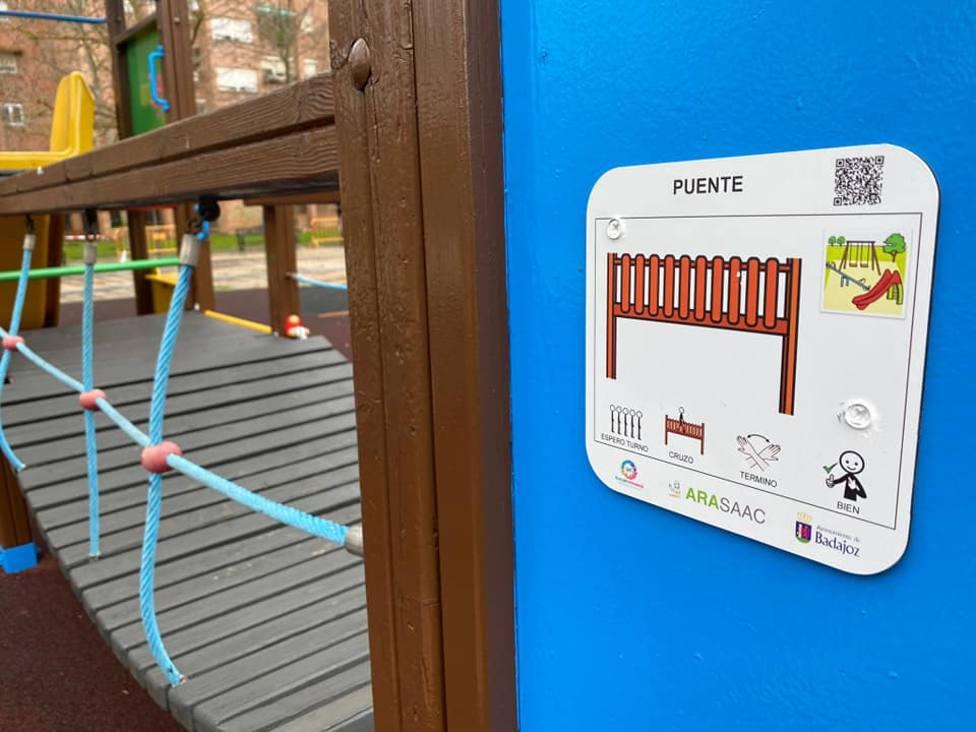 Pictogramas en los parques de Badajoz