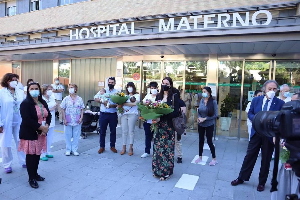 Granada.- El Hospital Virgen de las Nieves recibió más de mil litros de leche materna en plena pandemia