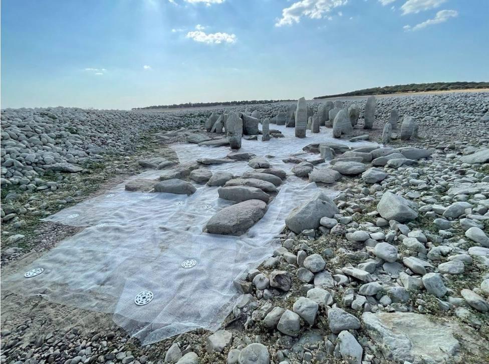 Acaban las actuaciones de consolidación en el Dolmen de Guadalperal para evitar la erosión en el sustrato que lo asienta