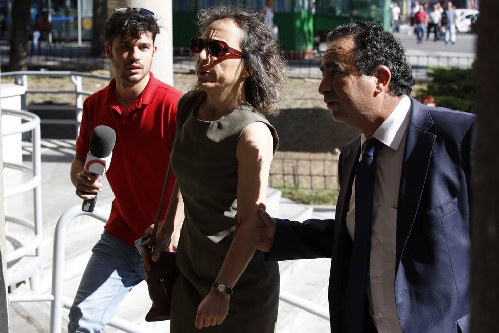 Prisión sin fianza para Noelia de Mingo tras apuñalar a dos mujeres