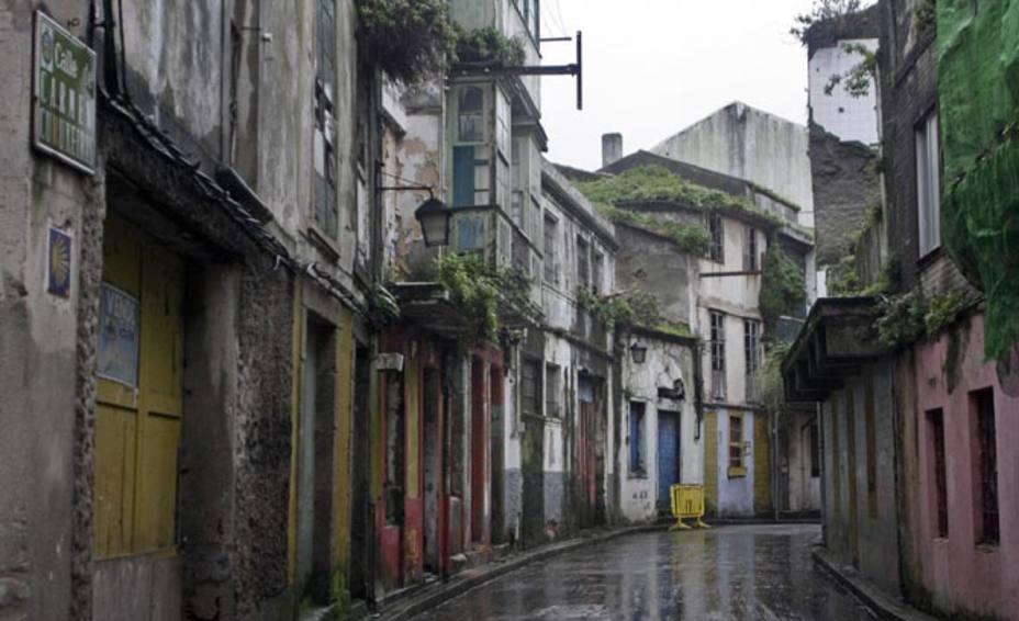 El barrio de Ferrol Vello presenta un deteriorado estado.
