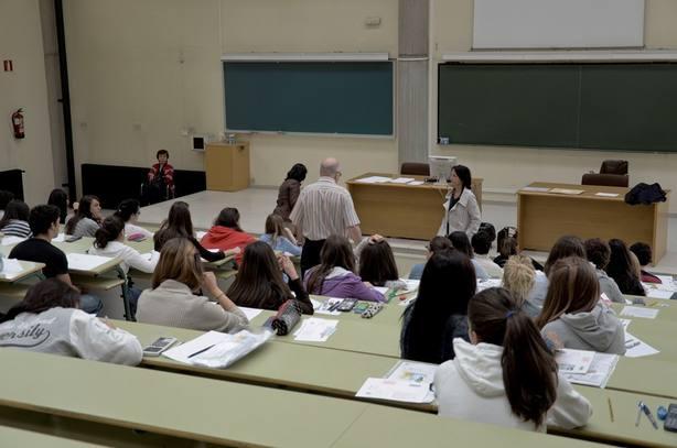 Desciende el número de jóvenes asturianos que trabajaráin fuera de España